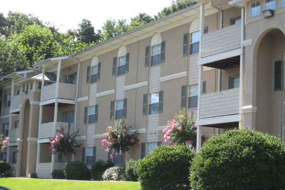 The Abbey at Regents Walk in Homewood Alabama now renting