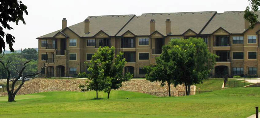 Apartments on golf course The Village of Hawks Creek