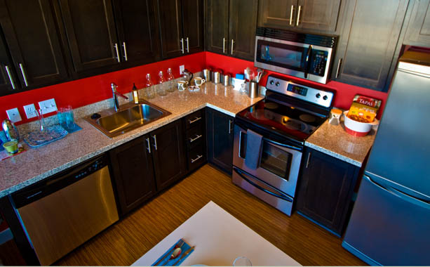 Luxury apartments with full kitchens for rent in Portland, Oregon.