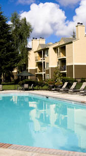 Walnut Grove Vancouver Apartments near Westfield Vancouver Mall