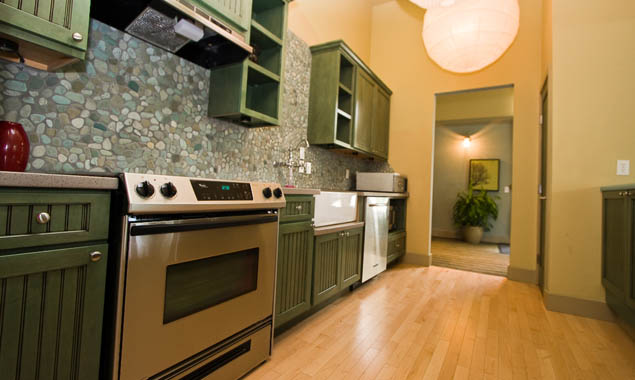 well appointed 1, 2, and 3 bedroom apartments in issaquah apartments