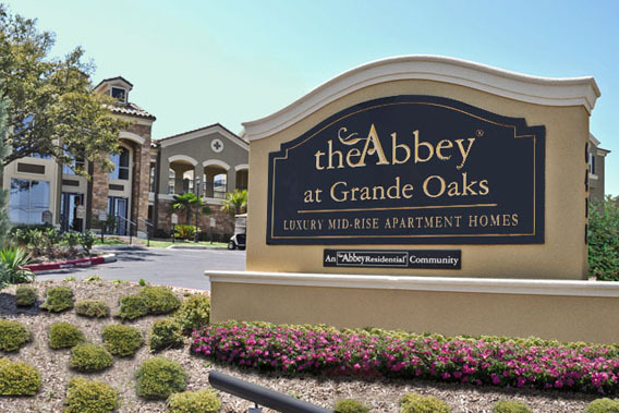 Luxury apartments in San Antonio, TX at The Abbey at Grande Oaks