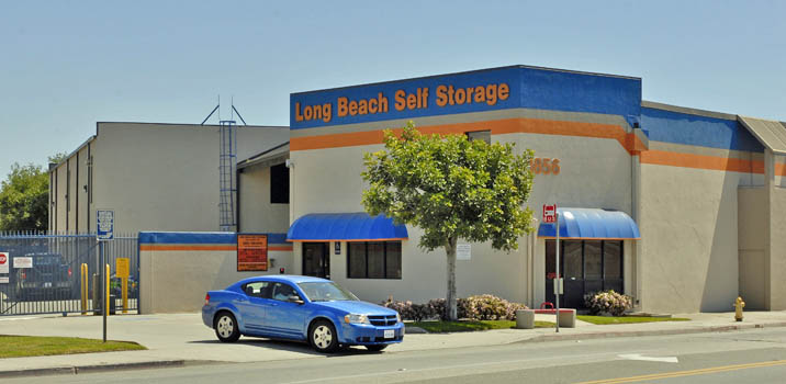 Long beach Pouch Self Storage