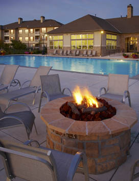 Lakecrest Apartments in Denver has a full list of features and amenities