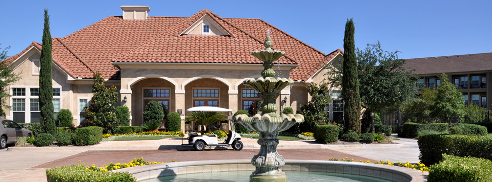 clubhouse at Villa Toscana Luxury Apartment Homes in houston tx