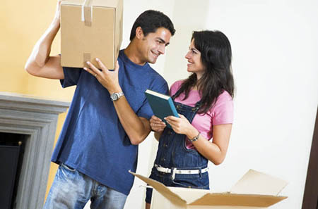 StorQuest (formerly Avalon Self Storage) offers packing and moving supplies.