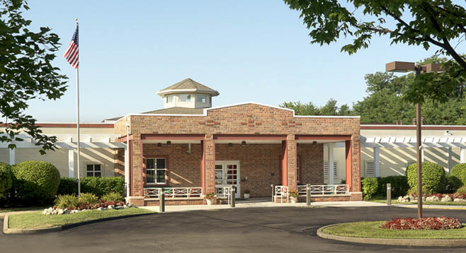 Building entrance Garden View Care Center of Chesterfield