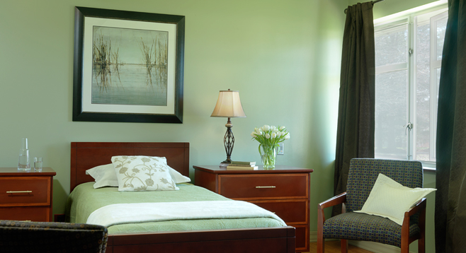 Retirement Living in Chesterfield, MO chesterfield resident room