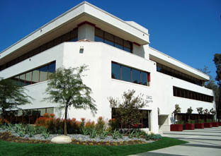 Commercial properties for lease in Calabasas