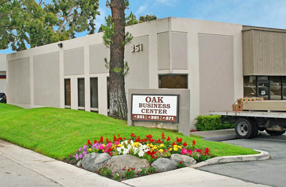 Entry sign to Oak Business Centrer commercial properties for rent in Brea CA