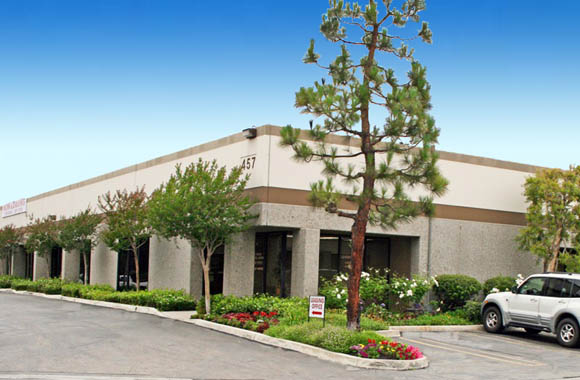 Building exterior of commerical properties for lease at San Dimas Business Center in CA