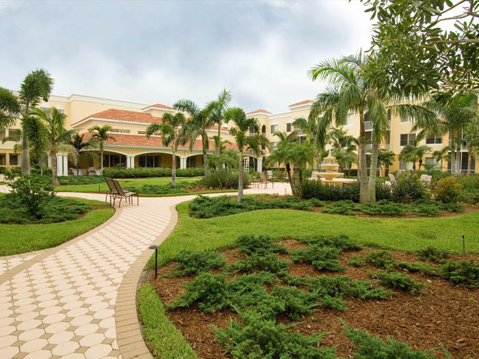 Assisted living community florida The Carlisle Naples
