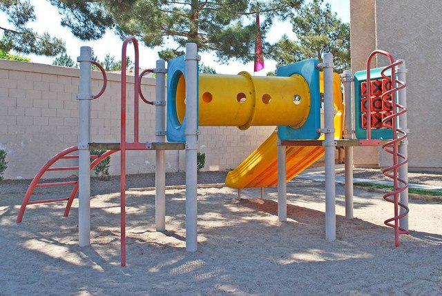 Childrens play area Promontory Point
