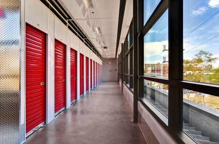 We offer exterior self storage units for rent in Downtown Los Angeles