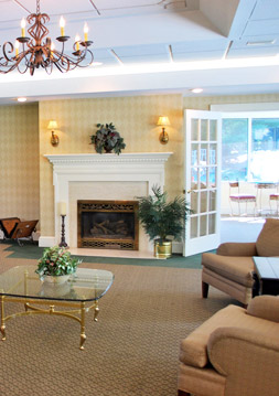 Richmond apartments amenities includes a clubhouse at Foxchase