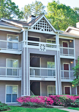 Balconies at Breckenridge apartments in Glen Allen, Va