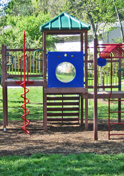 Playground Booker Creek Townhouse Apartments