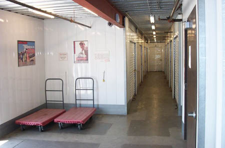 Hand carts are available at self storage in Central Los Angeles