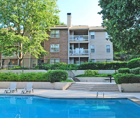 Roswell Apartments For At Wood Creek Have Great Amenities