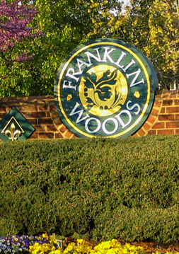 Contact Franklin Woods apartments in Chapel Hill