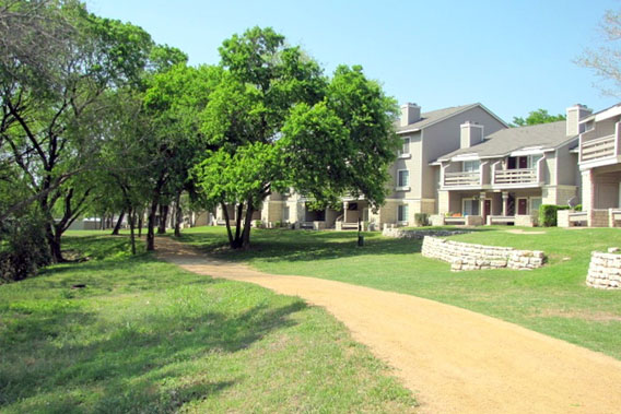 Chardonnay at Wells Branch features a hiking and biking trail