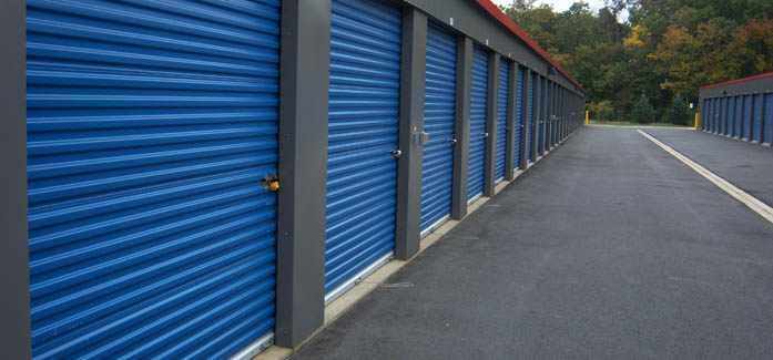 Exterior units available for rent at self storage plus