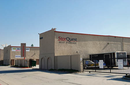 Self storage in Riverside CA 92503
