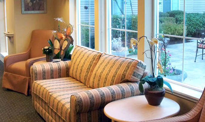 Community sitting room Highgate Senior Living