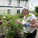Independent community garden Highgate Senior Living