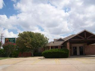 Parking lot view Family Pet Clinic of North Richland Hills