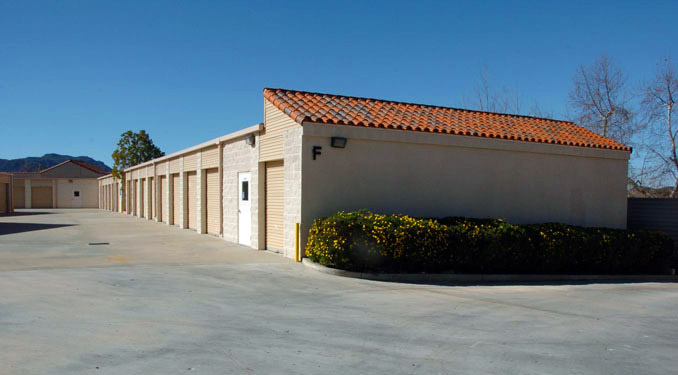 Exterior units at North Ranch Self Storage in Thousand Oaks.