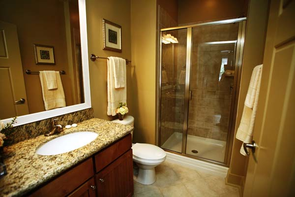 Our Chapel Hill two bedroom apartments feature stylish spa like bathrooms