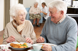 Senior dining at Regency at Puakea Retirement & Assisted Living
