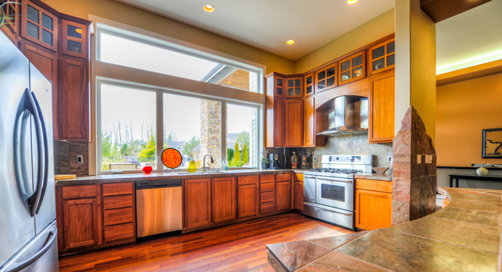 Luxury kitchen at Puyallup apartments