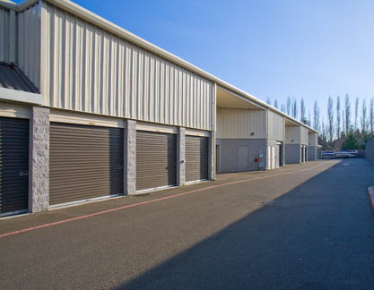 Drive up access Storage Court of Mercer Island Self Storage