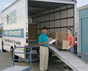 A free move-in truck is available at Saf Keep Storage in San Leandro