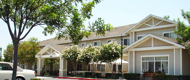 Outdoor exterior Whittier Place Senior Living