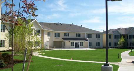 winterberry_heights_assisted-living-bangor-landscape