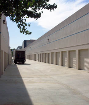 Moving truck Sorrento Mesa Self Storage