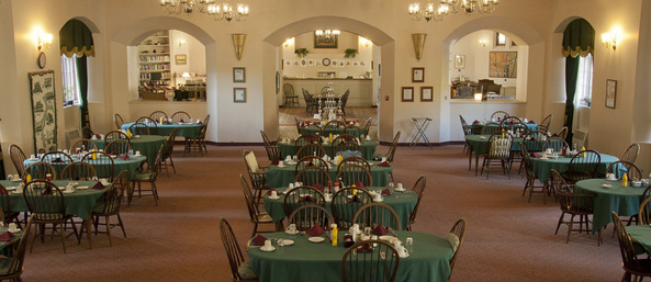 Dining room Saranac Village at Will Rogers - Independent Living