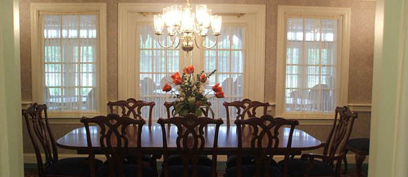 Va private dinning room Bentley Commons at Lynchburg - Independent Living