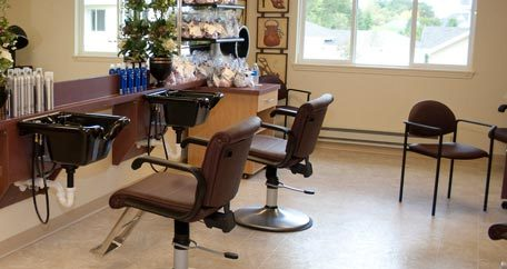 Community beauty salon Chesterfield Heights