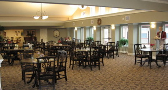 Elv dining room