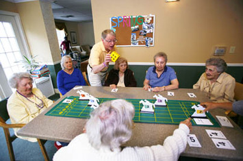 Activity400px The Worthington Assisted Living