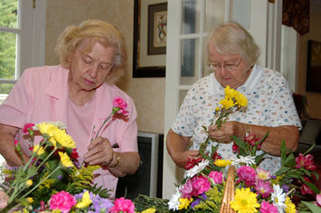 elderly ladies enjoying senior activities in Bridgewater, NJ