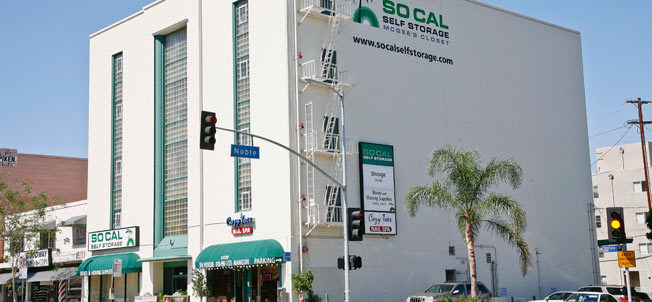 McGee's Closet Self Storage in Sherman oaks california