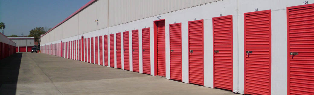 Small storage units for rent in Sacramento are offered at Sentry Storage