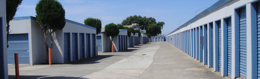 Learn more about large self storage units for rent in Rancho Cordova