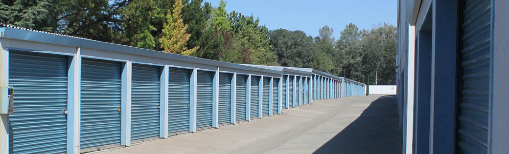 Self storage in Shingle Springs has easily accessible units