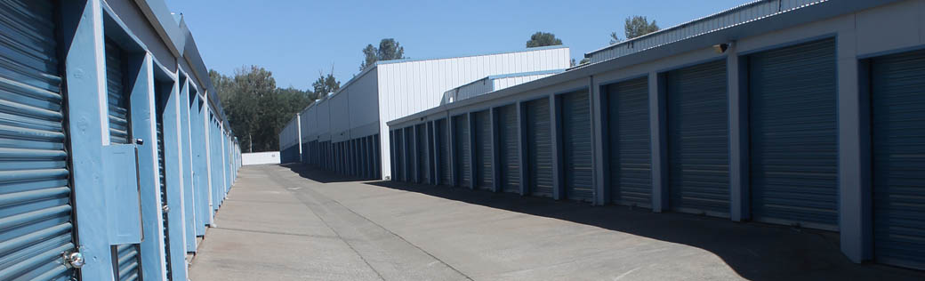 Exterior view of self storage units for rent in Shingle Springs